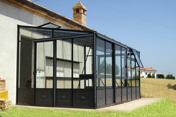 Euroserre italia veranda per piante serra addossata da for Piani tetto veranda protette